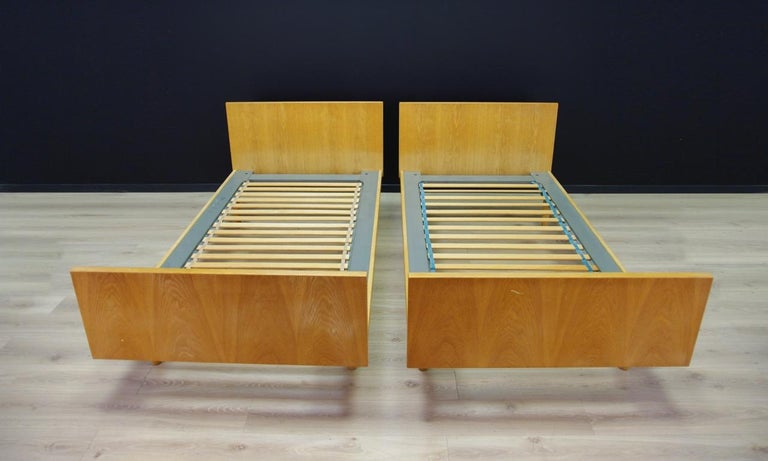 H. Wegner Brown Bed 1960s Ash Vintage Danish Design In Good Condition For Sale In Szczecin, Zachodniopomorskie