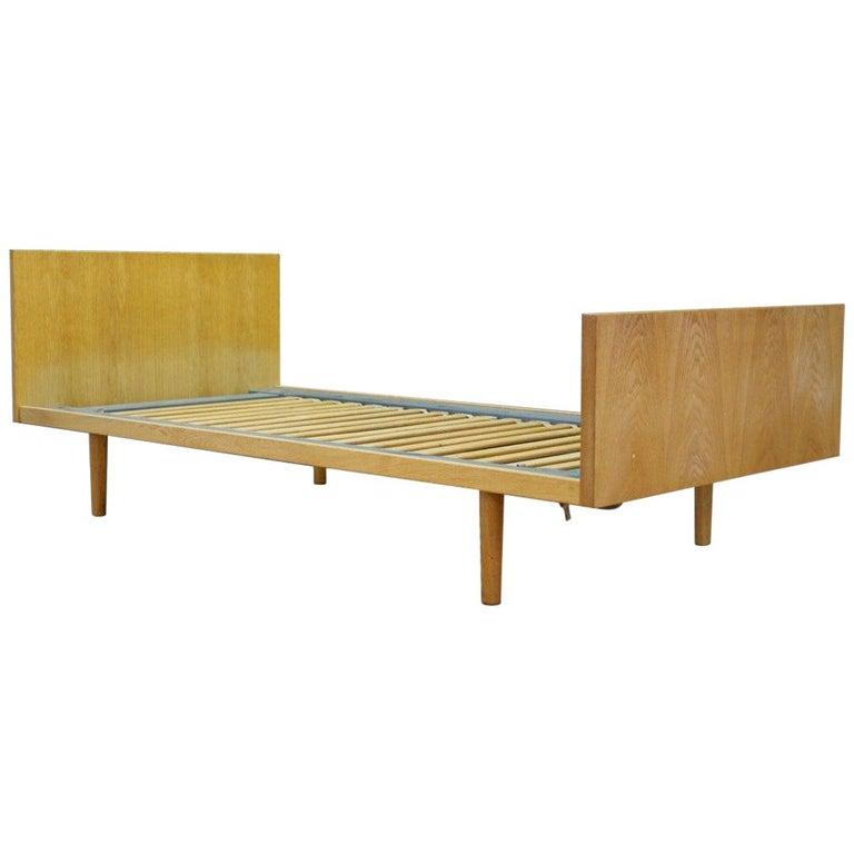 H. Wegner Brown Bed 1960s Ash Vintage Danish Design For Sale