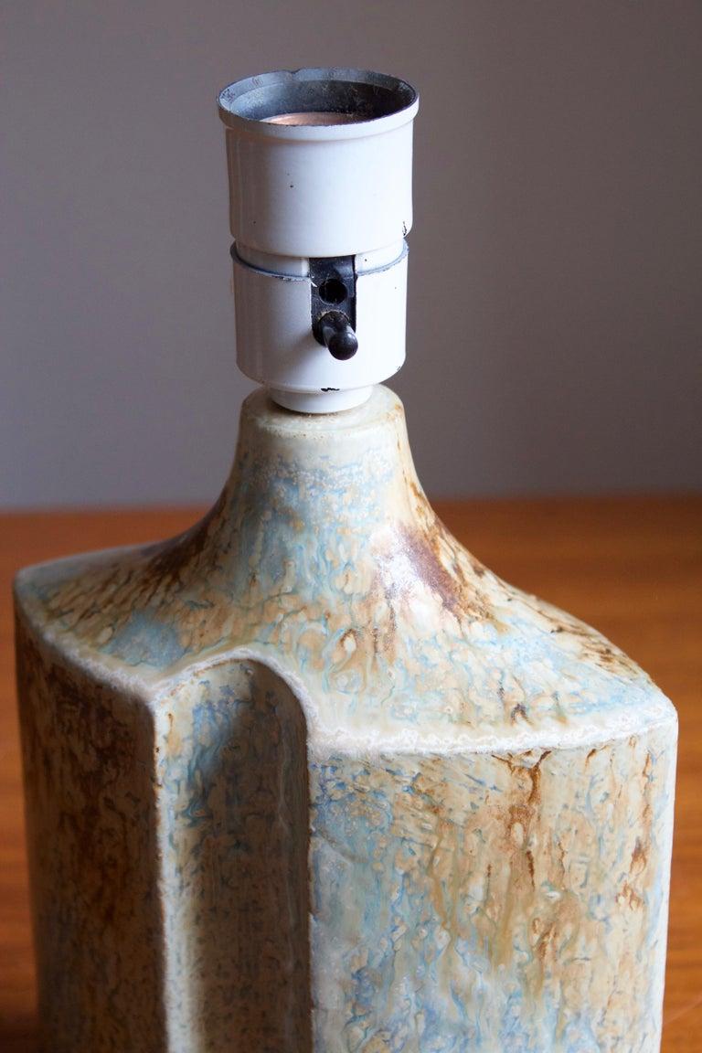 Haico Nietzsche, Table Lamp, Glazed Stoneware, Søholm, Denmark, 1960s In Good Condition For Sale In West Palm Beach, FL