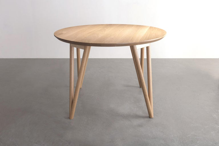 Modern Hair Pin Table 42, Round White Oak Hardwood, Dining, Centre Table For Sale
