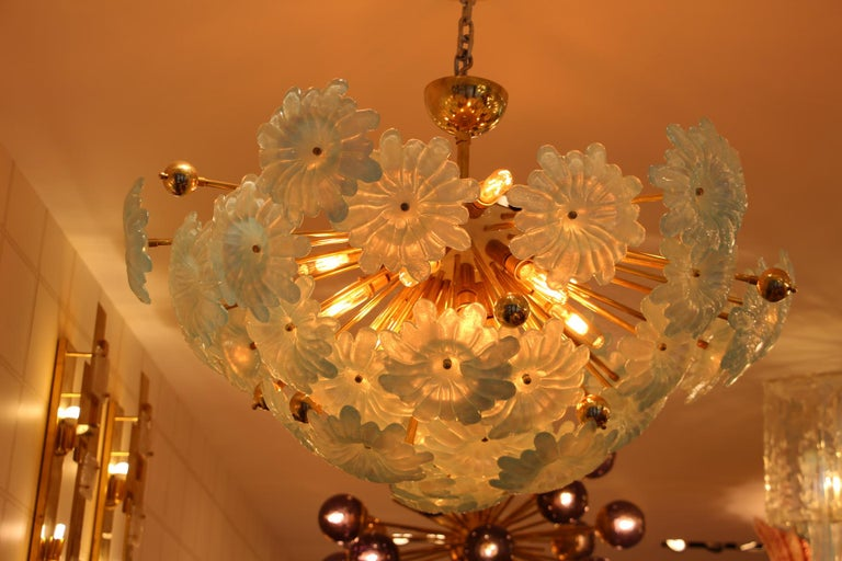 Half Sputnik Chandelier with Murano Glass Blue Flowers In Excellent Condition For Sale In Saint-Ouen, FR