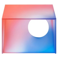 Halo Gradient Color Glass Light 'Short' by Studio Buzao