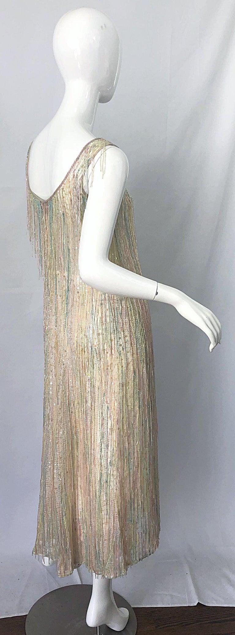 Halston MET Musuem 1970s Fully Fringed Beaded Flapper Style Vintage 70s Dress For Sale 9