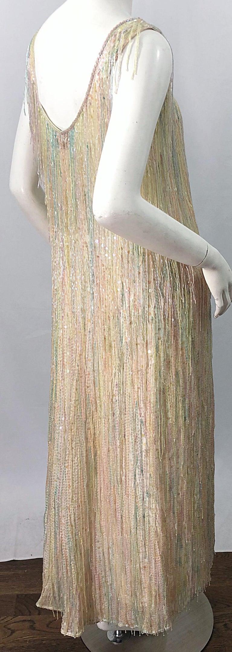 Halston MET Musuem 1970s Fully Fringed Beaded Flapper Style Vintage 70s Dress For Sale 10