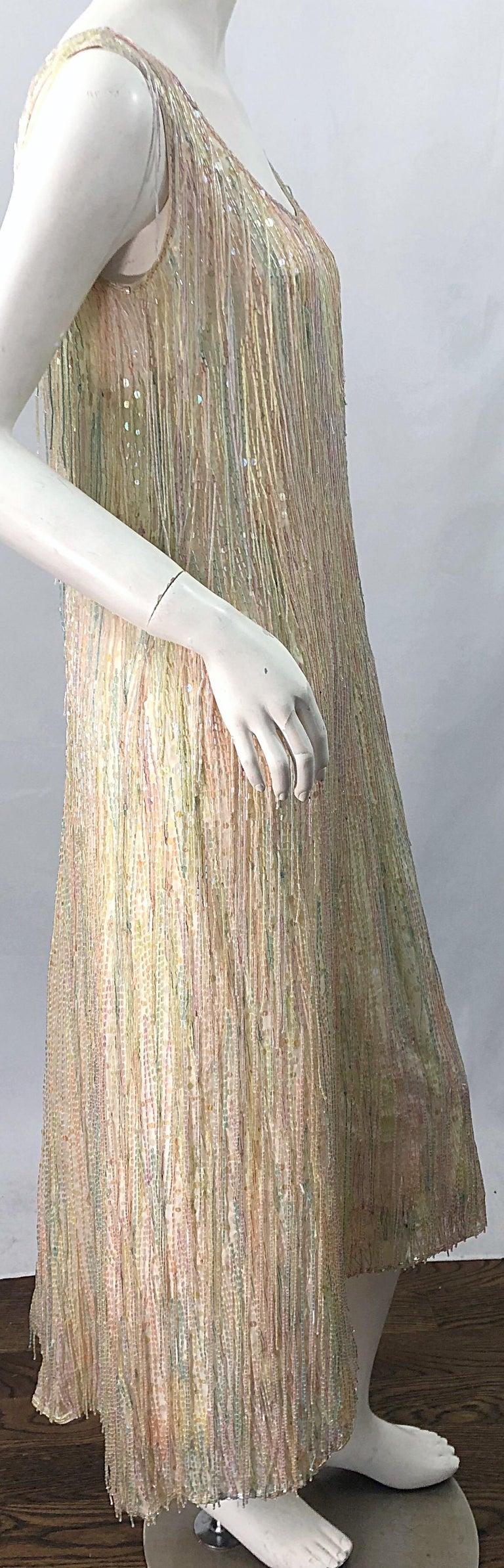 Halston MET Musuem 1970s Fully Fringed Beaded Flapper Style Vintage 70s Dress For Sale 13