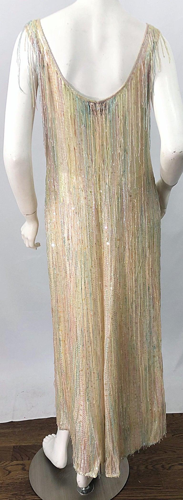 Halston MET Musuem 1970s Fully Fringed Beaded Flapper Style Vintage 70s Dress For Sale 14