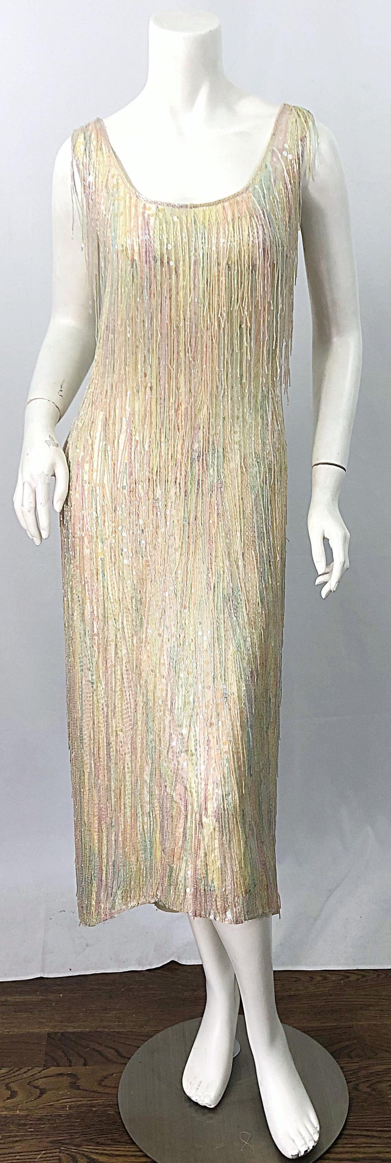 Halston MET Musuem 1970s Fully Fringed Beaded Flapper Style Vintage 70s Dress For Sale 15