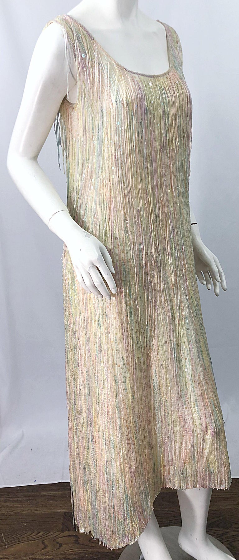 Halston MET Musuem 1970s Fully Fringed Beaded Flapper Style Vintage 70s Dress For Sale 4