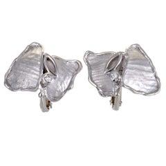Hammered 18 Karat White Gold Diamond Screw Back Earrings