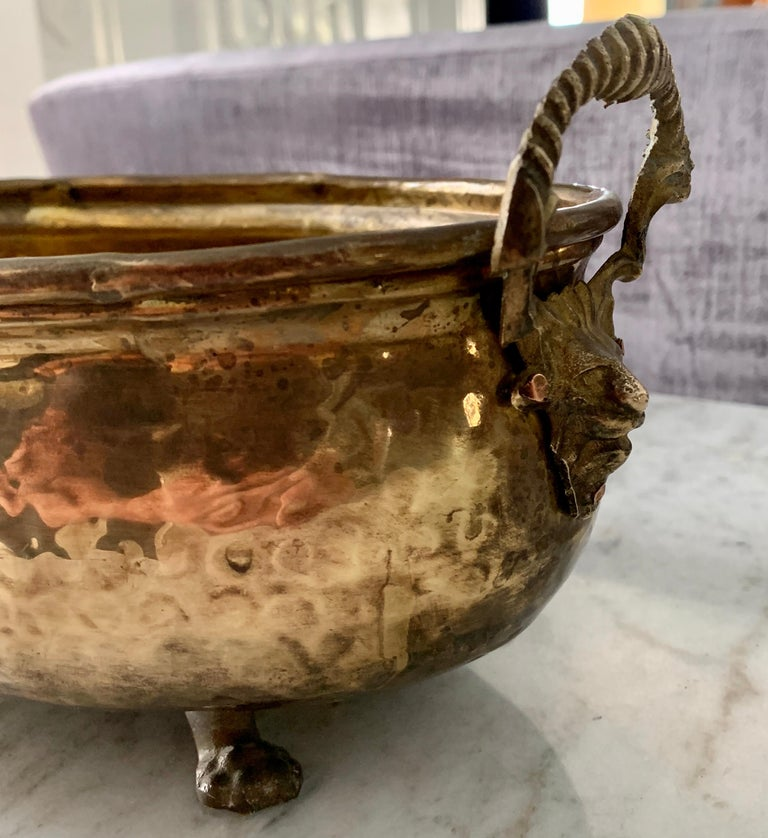 Hammered Brass jardinière with Lion Handle with Paw Feet In Good Condition For Sale In Los Angeles, CA