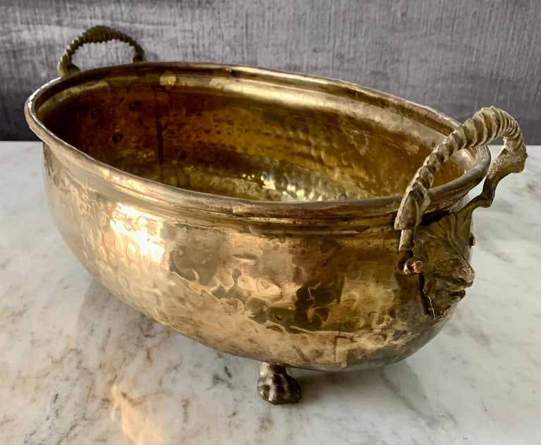 20th Century Hammered Brass jardinière with Lion Handle with Paw Feet For Sale