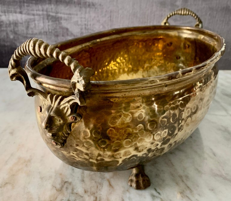 Hammered Brass jardinière with Lion Handle with Paw Feet For Sale 1
