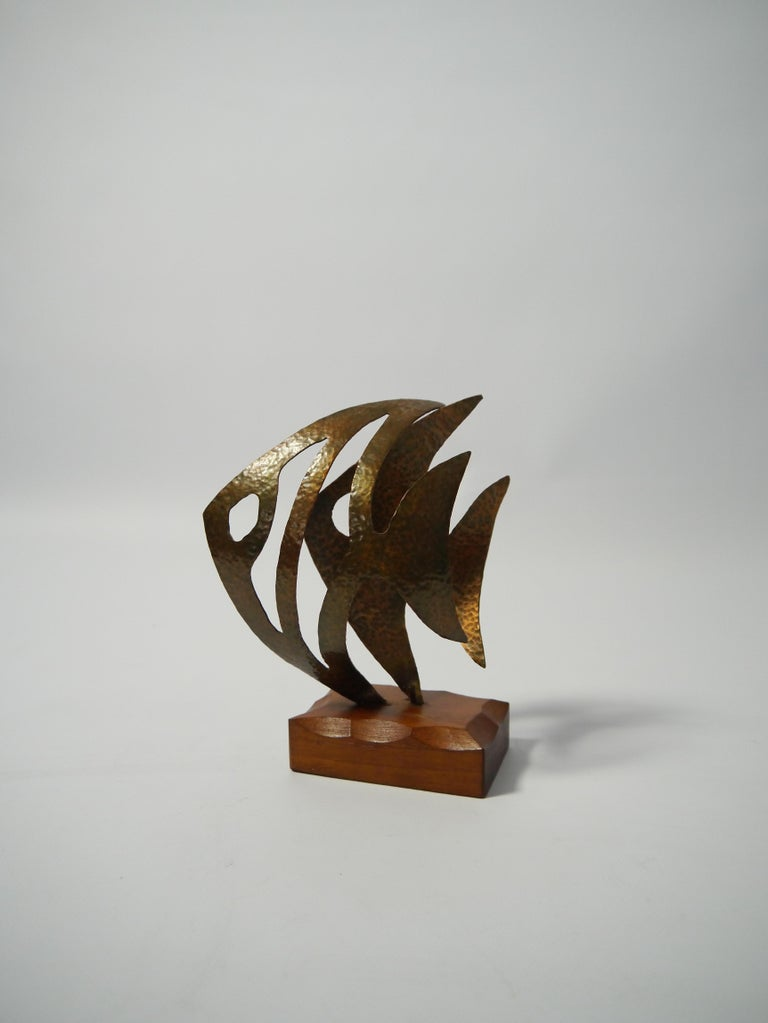 Mid-Century Modern Hammered Copper Fish Sculpture on Teak Base, Sweden, 1970s For Sale