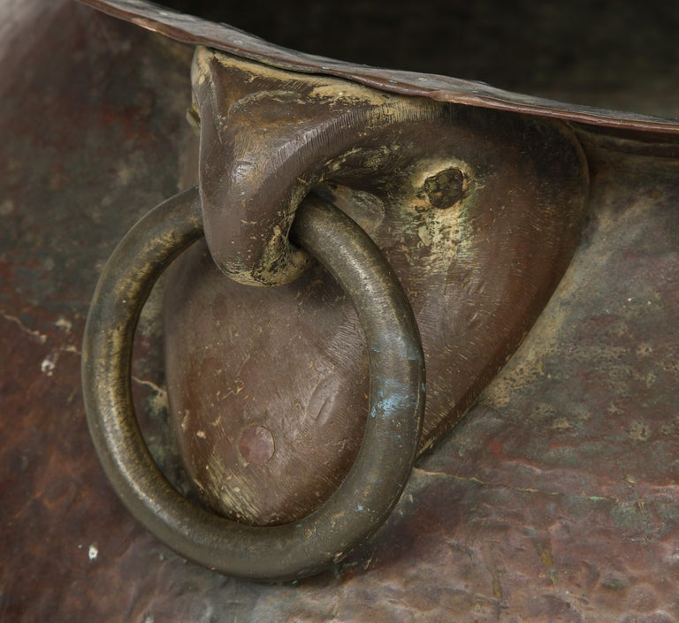 Hammered Copper and Moorish, 19th Century Bronze Basin For Sale 6