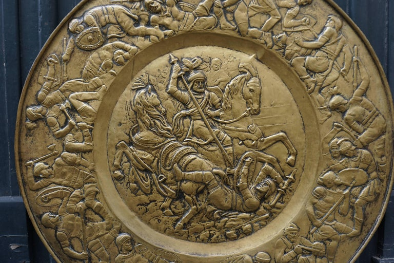 Hammered Copper Wall Relief Sculpture with Roman Warriors In Good Condition For Sale In Antwerp, BE