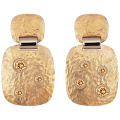 Hammered Gold Earrings in 18 Karat Hammered Rose Gold with Zircons of 1.74 Ct