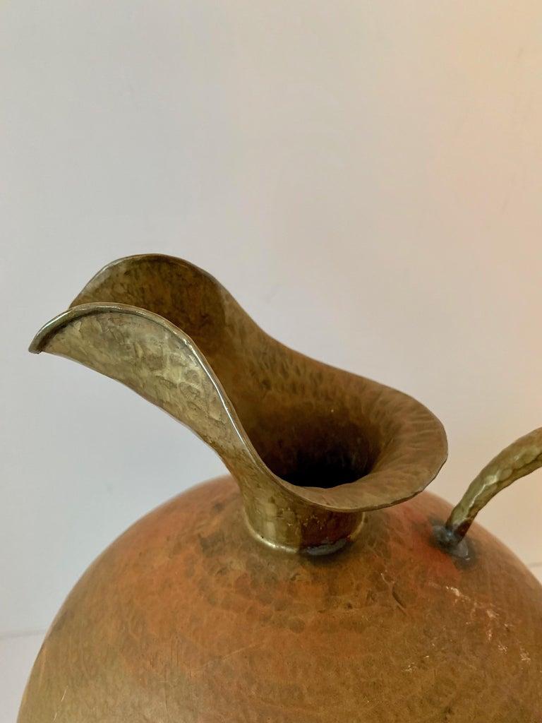Hammered Italian Brass Urn Pitcher Signed Egidio Casagrande For Sale 6