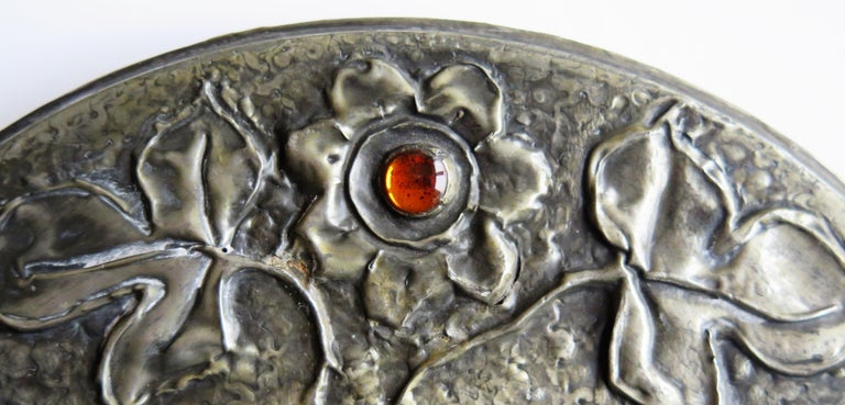 Hammered Pewter Wall Mirror Arts & Crafts with Amber Cabochons, circa 1900 For Sale 11