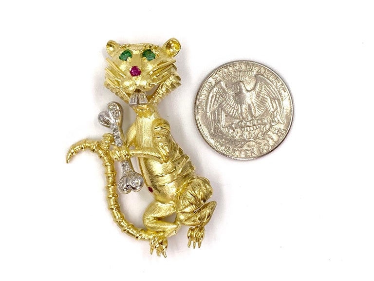 Hammerman Brothers 18 Karat Diamond, Emerald and Ruby Wild Cat Brooch For Sale 5