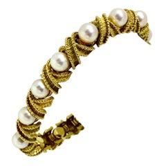 Hammerman Brothers 18 Karat Gold Pearl Vintage X Link Bracelet