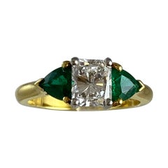 Hammerman Brothers Diamond and Emerald Ring