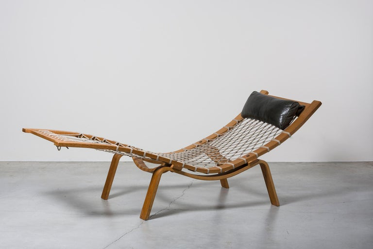 Mid-20th Century Hammock Chaise Longue by Hans Wegner For Sale