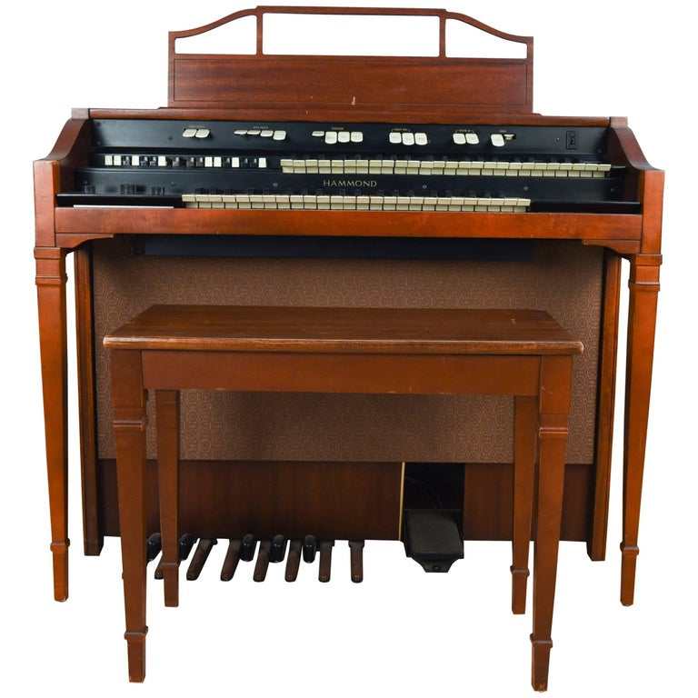 hammond model l 111a tube organ with bench for sale at 1stdibs. Black Bedroom Furniture Sets. Home Design Ideas