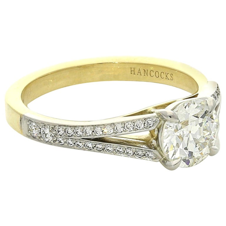 Hancocks 1.05 Carat Old European Brilliant Cut Diamond Ring with Split Shoulders For Sale