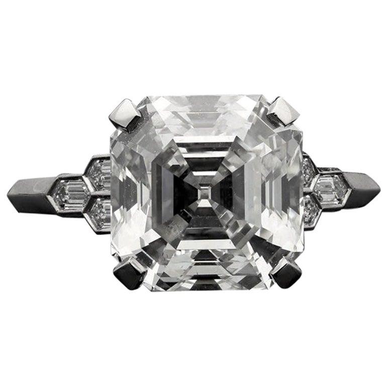Hancocks 4.58 Carat G VS Asscher Cut Diamond & Honeycomb Diamond-Set in Platinum For Sale