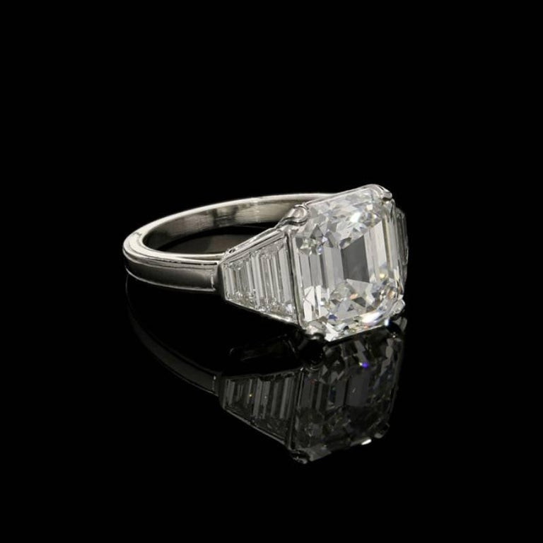 Emerald Cut Hancocks 5.01 Carat Vintage Emerald-Cut Diamond Platinum Ring For Sale