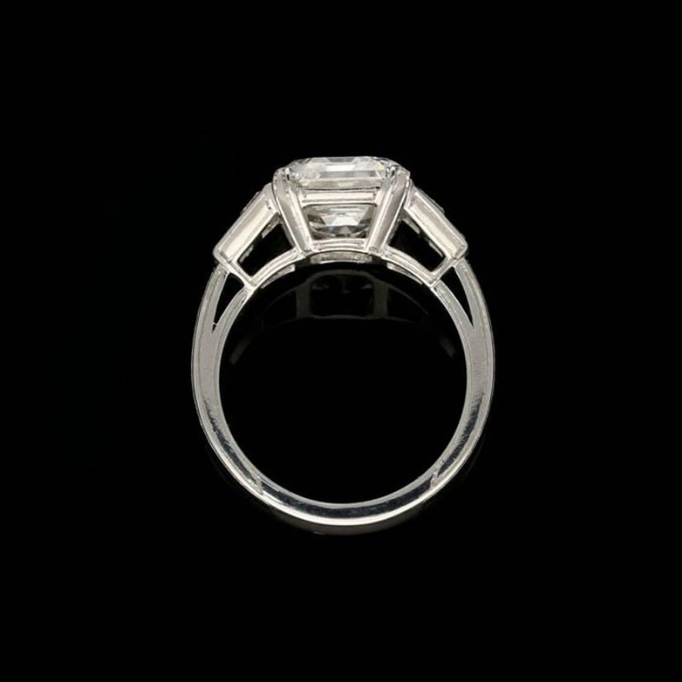 Women's Hancocks 5.01 Carat Vintage Emerald-Cut Diamond Platinum Ring For Sale
