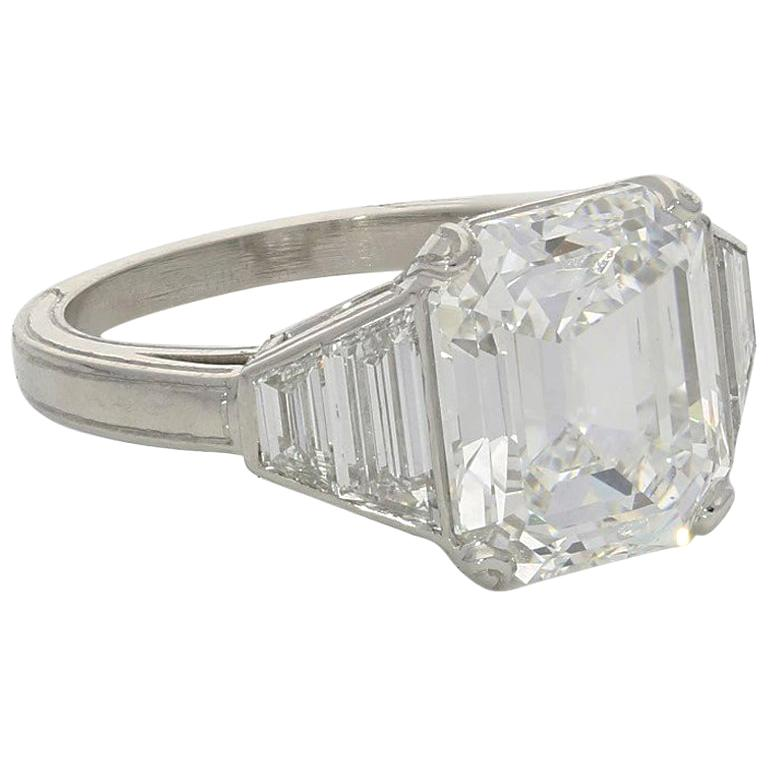 Hancocks 5.01 Carat Vintage Emerald-Cut Diamond Platinum Ring For Sale
