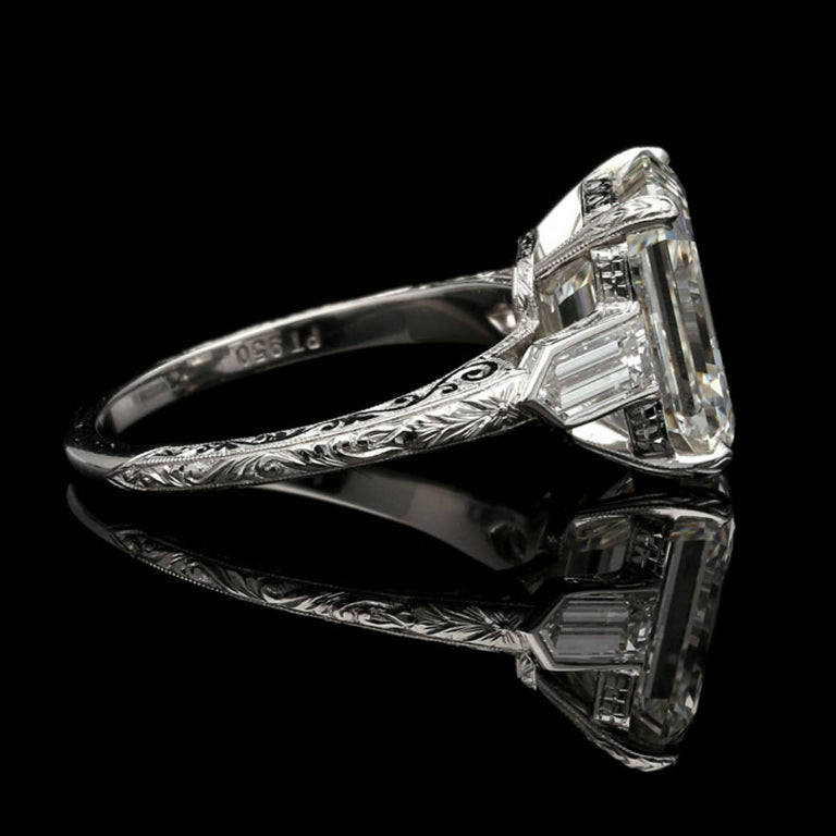 Hancocks 6.24 Carat Emerald Cut Diamond Ring with Bullet Diamond Shoulders In New Condition For Sale In London, GB