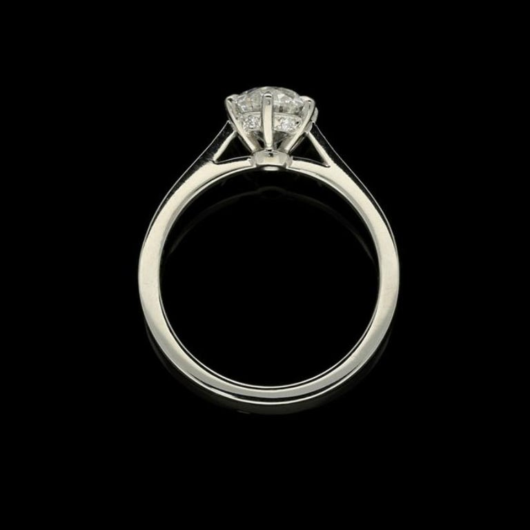 Women's or Men's Hancocks Beautiful Old European Brilliant Cut Diamond Platinum Ring For Sale