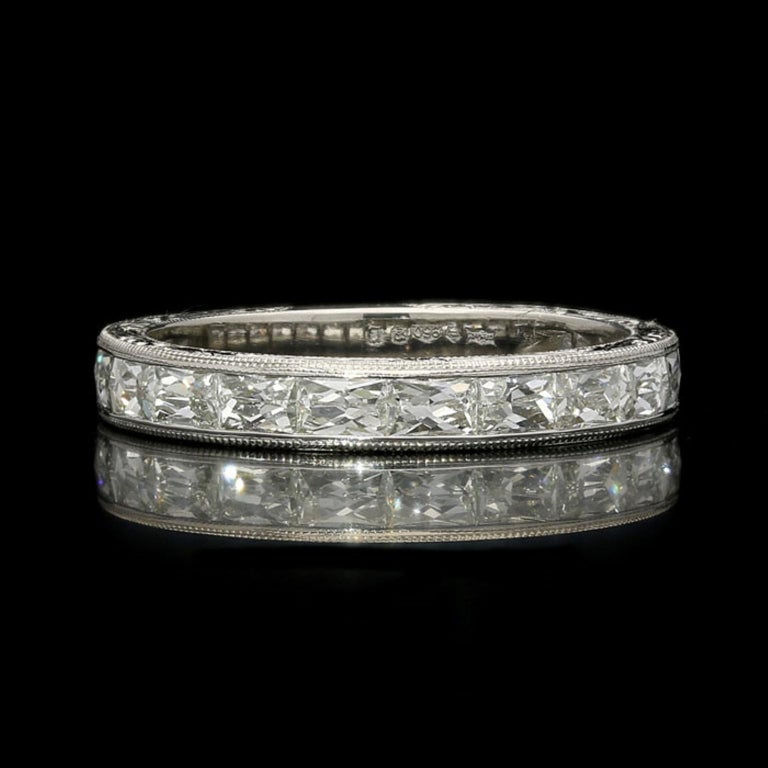 """Hancocks """"East or West"""" French Cut Diamond Platinum Eternity Ring In New Condition For Sale In London, GB"""
