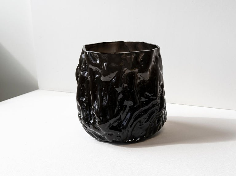 Hand Blown Contemporary Wrinkle Black Glass Vase by Erik Olovsson In New Condition For Sale In Stockholm, SE