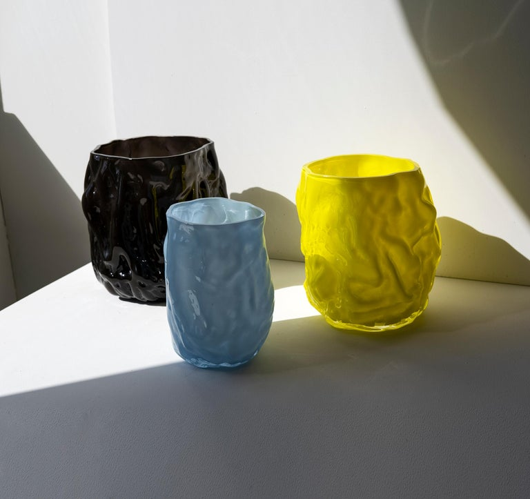 Hand Blown Contemporary Wrinkle Black Glass Vase by Erik Olovsson For Sale 3