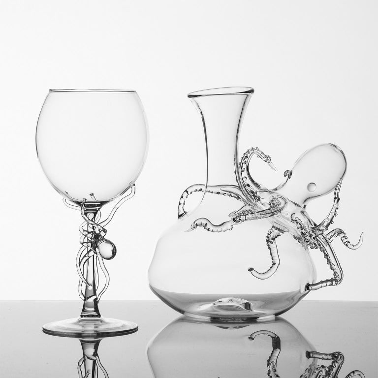 Italian Hand Blown Pair of Wine Glasses from Polpo Collection by Simone Crestani For Sale
