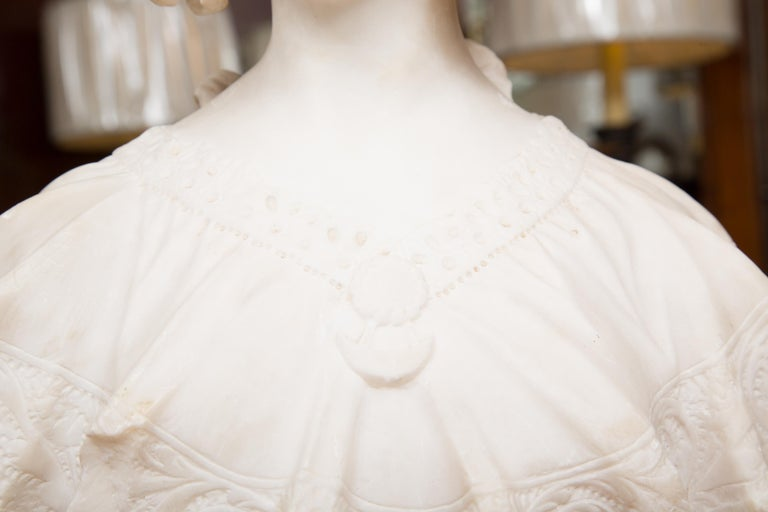 Hand Carved 19th Century French Carrara Marble Bust of a Young Lady For Sale 1