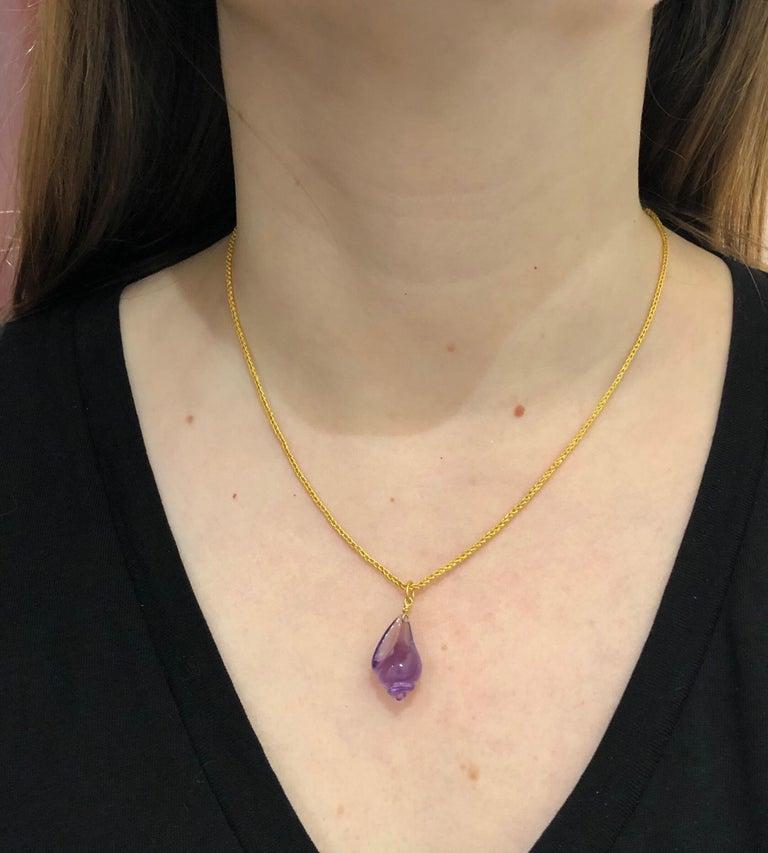Hand Carved Amethyst Shell 22 Karat Gold Gemstone Pendant For Sale 1