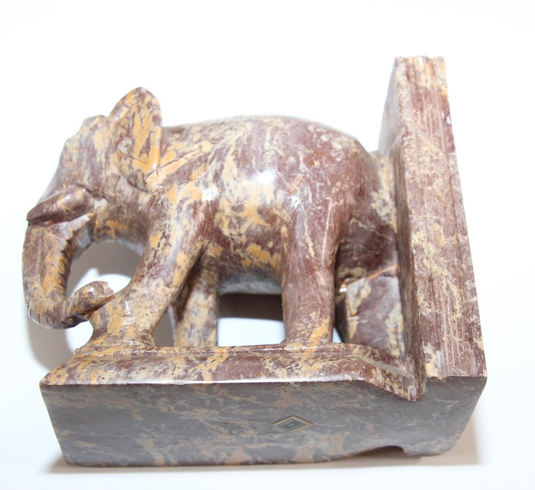 Hand-Carved Elephant Marble Sculpture Bookends, Art Deco Style, 1950s For Sale 7