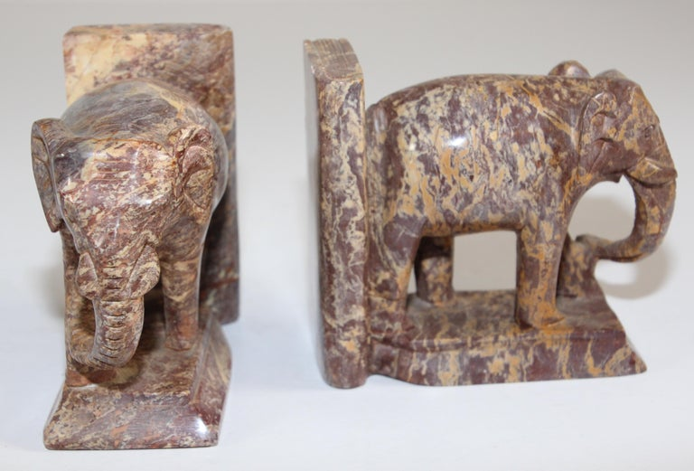 Hand-Carved Elephant Marble Sculpture Bookends, Art Deco Style, 1950s For Sale 10