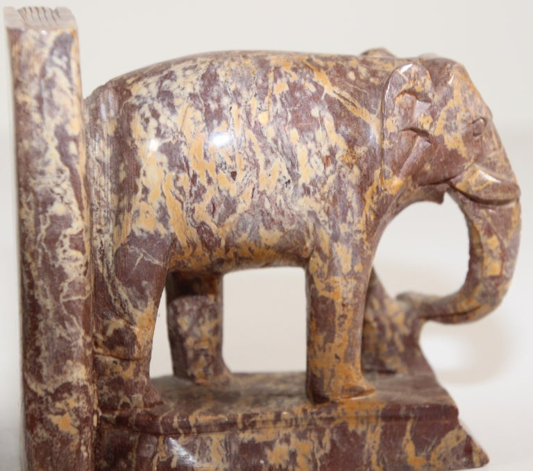 Hand-Carved Elephant Marble Sculpture Bookends, Art Deco Style, 1950s For Sale 11