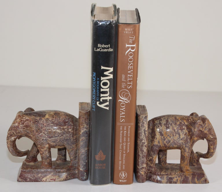 Asian Hand-Carved Elephant Marble Sculpture Bookends, Art Deco Style, 1950s For Sale