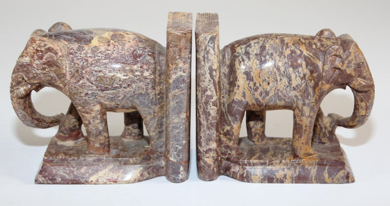 Hand-Carved Elephant Marble Sculpture Bookends, Art Deco Style, 1950s For Sale 2