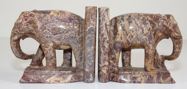 Hand-Carved Elephant Marble Sculpture Bookends, Art Deco Style, 1950s For Sale 3