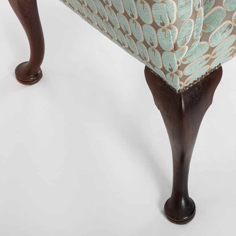 Hand Carved English Georgian Style Armchair in Kravet Fabric, Late 19th Century For Sale 7
