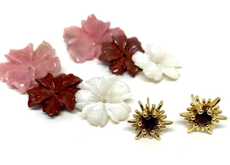 Hand Carved Gemstone Flower Earring Jackets 18 Karat Gold and Garnet Posts In New Condition In Los Angeles, CA