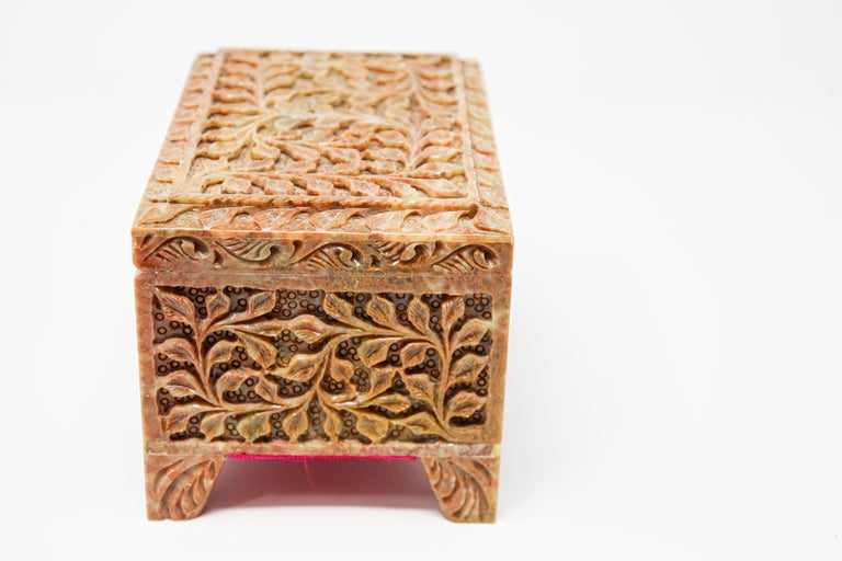 20th Century Hand-Carved Stone Jewelry Box Rajasthan, India For Sale