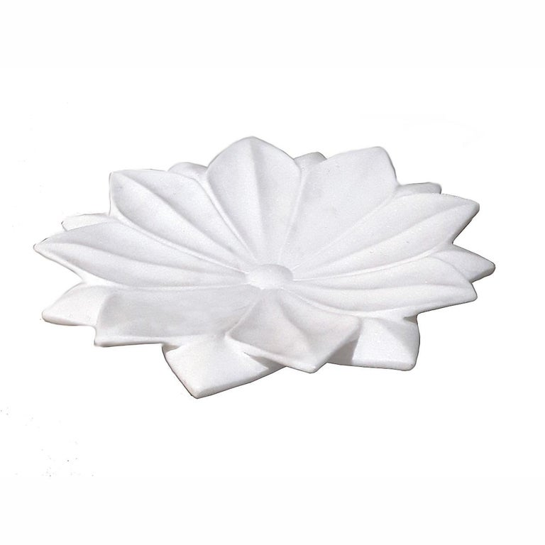 Hand-Carved Hand Carved White Marble Lotus Plate For Sale